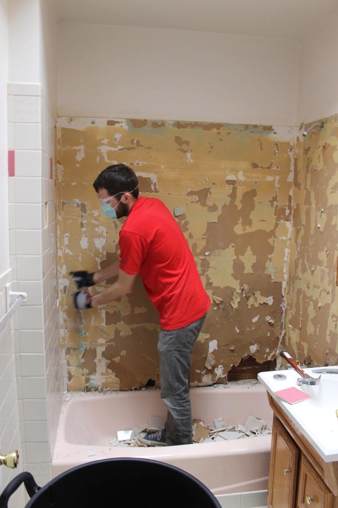 Smashing tile